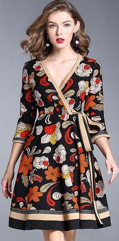Chic V-Neck Long Sleeve Floral Print Mini Skater Dress