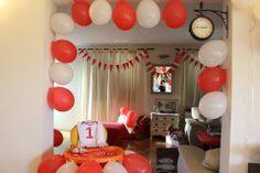 Minnie Polka Dot tematski 1. rođendan - dekoracija balonima