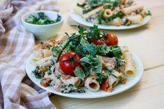 Kale Pasta, Pasta Salad, Creamy Sauce, Fish And Seafood, Bruschetta, Dishes, Ethnic Recipes, Blog, Crab Pasta Salad