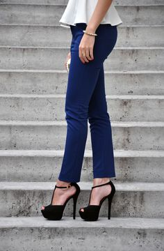 Blue cigarette pants paired with white peplum top and black open toed heels is LOVE!