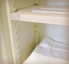 Linen cupboard - adjustable shelves