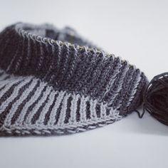 Läuft  --- #verenatuchkal #maschenfeinkal #strickkit #patentmuster #patentmusterstricken #knittersofinstagram #knitstagram