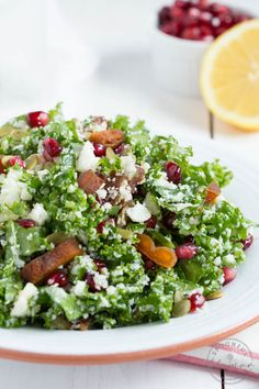 Cauliflower Kale Salad with Pomegranate, Dried Apricots and Pumpkin Seeds - a healthy and delicious meal!