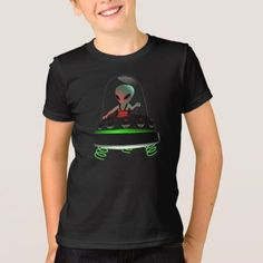 UFO on the moon T-Shirt - Halloween happyhalloween festival party holiday Types Of T Shirts, Ufo, Funny Tshirts, Fitness Models, Stitch, Festival Party, Casual, Fabric, Sleeves
