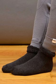 Our merino wool Lounge socks are soft and squishy sock perfection! Made from a comfortable merino wool terry that traps air and further adds to the natural insulating properties of wool. Unlike cotton, merino wool is an excellent insulator, keeping feet warm and cozy, while still remaining breathable. Wool can also absorb moisture, which helps prevent feet from feeling clammy. #kidssocks #kidswoolsocks #merinokidssocks #merinowool #naturesocks #stocks #cotton #socks #wool #socksidea… Merino Wool Socks, Cotton Socks, Stay Warm, Warm And Cozy, Slow Fashion, Kids Fashion, Healthy Style, Kids Socks, Free Clothes