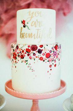 Каллиграфия на свадьбе, свадебный торт