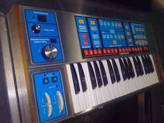 MATRIXSYNTH: 1981 Moog Source analog synthesizer with MIDI retr...