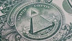 Francmasonii sunt unul dintre cele mai controversate grupări religioase din lume. Masonii au apărut acum multe secole, iar dacă afirmaţiile lor sunt reale, aceştia au o istorie mult mai îndelungată.