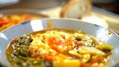 Borbás Marcsi szakácskönyve - Lecsó és saksuka (2019.09.15.) Curry, Ethnic Recipes, Youtube, Food, Curries, Essen, Meals, Youtubers, Yemek