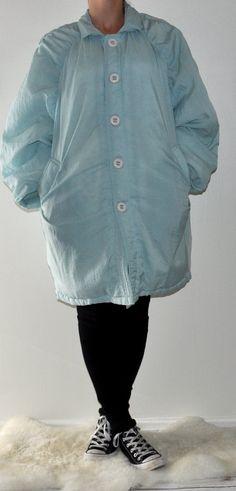Vintage light blue winter jacket. Puffy jacket. 1980s/1990s/retro by fashionneverfades on Etsy