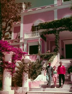 Slim Aarons - Slim Aarons Photos - Town & Country
