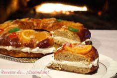 Sencilla receta para preparar tu propio Roscón de Reyes, con su tradicional prefermento el día anterior para que la masa sea súper esponjosa y aromática :D