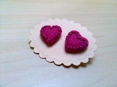 Felt Earrings – Heart earrings - magenta wool felt stud earrings – a unique product by dusi-ustvarja on DaWanda
