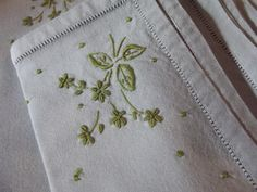 Vintage Linen Napkins Embroidered Set of 8 Robins Egg Blue and Moss Green.