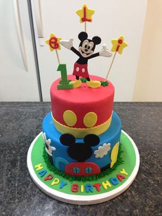 Mickey Mouse Birthday Cake for Silas Bolo Do Mickey Mouse, Mickey And Minnie Cake, Theme Mickey, Mickey Mouse Clubhouse Birthday Party, Mickey Mouse Parties, Minnie Mouse Cake, Mickey Birthday, Mickey Party, 2nd Birthday