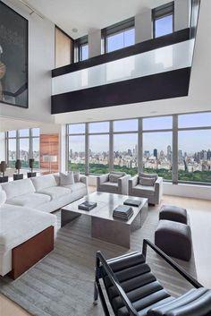Duplex Manhattan penthouse in New York - tall ceilings