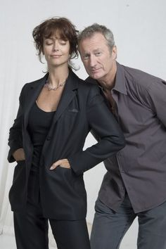 Rachel Ward and Bryan Brown, who portrayed husband and wife Meggie Cleary and Luke O'Neill in the Thorn Birds miniseries, They met on the set and married shortly after filming wrapped! Rachel Ward, Hollywood Couples, Hollywood Celebrities, Celebrity Couples, Celebrity Pictures, Famous Couples, Famous Women, Bryan Brown, The Thorn Birds