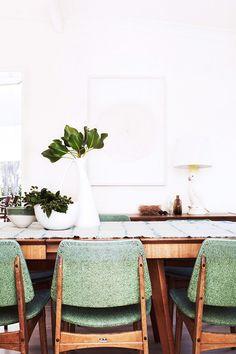 Midcentury modern dining room with sage green chairs Decor, House Design, Interior Inspiration, Home, Dining, House Styles, House Interior, Dining Chairs, Interior Design