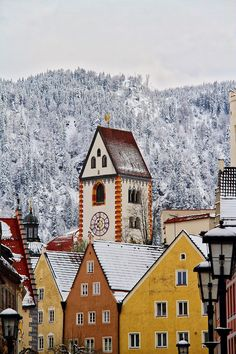 Planning your winter trip to Germany? Be sure to add stunning Fussen to your travel itinerary!