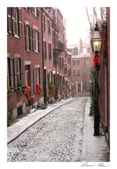 Acorn Street, Beacon Hill, Boston ~ Sharon Shea, Salem Design
