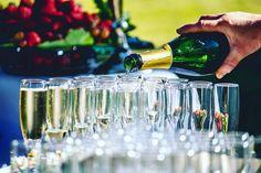 (Lot of)  champagne to celebrate love ! AF&G wedding  #loveisintheair #lovers #love #wedding #weddingdress #elegant #mariage #mariages #amour #frenchwedding #joyful #joy #joie #happy #pop #igwedding #detail #champagne #picoftheday #cocktail #flute #drink #glass #champagner #champagnepop #mariage #reims @weheartreims