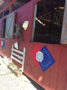 4H horse stall decorations