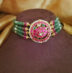 Antique Jewellery Designs, Beaded Jewelry Designs, Gold Jewellery Design, Jewelry Patterns, Stylish Jewelry, Pearl Jewelry, Gold Jewelry, Beads, Wedding
