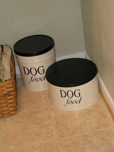 Popcorn tin re-do for pet food storage.