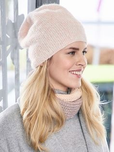 Familie Journal - strikkeopskrifter til hende Beanie Hats, Beanies, Hats For Women, Knitted Hats, Knit Crochet, Winter Hats, Sewing, Creative, Handmade