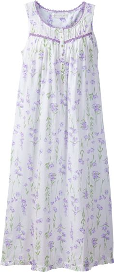 Eileen West Lavender nightgown is detailed with a spring-inspired floral print and lilac-colored daisy lace. Look and feel exquisite with our floral cotton nightgown. Cotton Nighties, Cotton Sleepwear, Sleepwear Women, Modest Fashion, Fashion Dresses, Pijamas Women, Nightgown Pattern, Night Dress For Women, Nightgowns For Women