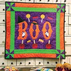Boo-tacular: FREE Halloween Appliqué Wall Quilt Pattern Designed by SANDI COLWELL