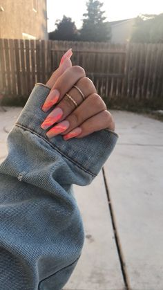 Einzigartige Matte Ombre Sarg Nägel Kunst Designs im Sommer 30 Best Beauty Ideas Will Be Trendy This Summer Nagel Design ( Is perfect manicure! Matte Nails Acrylic, Acrylic Nail Designs, Acrylic Summer Nails Coffin, Acrylic Toes, Aycrlic Nails, Coffin Nails, Short Nails, Long Nails, Gel Nails