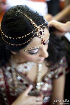 Indian Bridal Jewelry, via joie elie Photography http://www.joieelie.com/ & @gomarielle