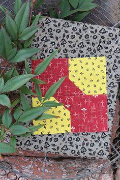 "Soft Yellow Backing Beautiful sections of Garden Flowers /""Summer Sampler/"""