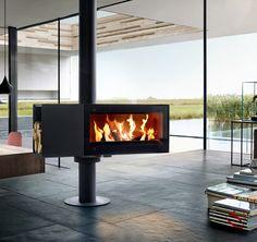 Der um bis zu 360° drehbare Kaminofen lässt sich stufenweise arretieren und ist die Antwort auf offenes Wohnen. Der gemütliche Anblick des Feuers lässt sich so aus allen Blickwinkeln genießen.
