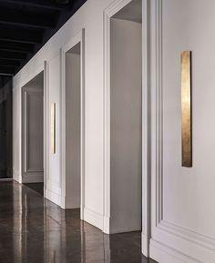 Photo by Evgeniy Bulatnikov. Architecture Details, Interior Architecture, Interior Design, Spa Design, Wall Design, Home Panel, Hallway Designs, Minimalist Interior, Modern Classic