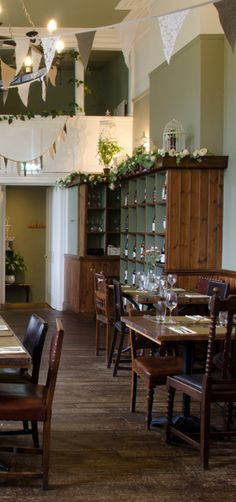 Home | The Beehive Pub | Montpellier Cheltenham