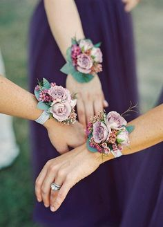 Incorporate roses into a corsage for the bridal party to wear instead of handing out the normal bridesmaid bouquets. These simpler arrangements look great and are something unique for your wedding. Wedding Arrangements, Floral Arrangements, Wedding Bouquets, Wedding Corsages, Prom Flowers, Wedding Flowers, Wax Flowers, Flowergirl Flowers, Wrist Flowers