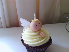 Angel Cupcake - by NooMoo @ CakesDecor.com - cake decorating website