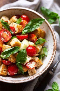 Panzanella - Einfacher 30-Minuten Brotsalat - Kochkarussell