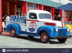 Find the perfect pepsi cola company stock photo. Vw Vintage, Vintage Trucks, Big Rig Trucks, Old Trucks, Classic Pickup Trucks, Pepsi Cola, Coke, Old Advertisements, Advertising