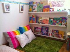 A mis hijos les encanto! Muchas ideas de rincon de lectura y juegos.