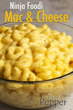 Deliciously simple mac & cheese ready in under 20 minutes. All the creaminess of velveeta without processed cheese! Kit and Adult Approved. 5 Cheese Mac And Cheese Recipe, Mac And Cheese Pressure Cooker Recipe, Velveeta Mac And Cheese, Boxed Mac And Cheese, Easy Mac And Cheese, Mac Cheese Recipes, Pressure Cooker Recipes, Pressure Cooking, Juice Recipes For Kids