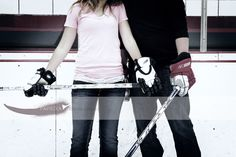 hockey engagement photo on the ice