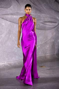 Fashion Week, Fashion 2020, New York Fashion, Runway Fashion, Fashion Outfits, Covet Fashion, Red Carpet Dresses, Satin Dresses, Elegant Dresses