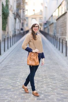 Women S Fashion For 40 Year Olds WomenSFashionHowToDress fashion inspiration style outfit classyfashion 187954984436844864 Clothes For Women Over 40, Plus Size Fashion For Women, Fashion Tips For Women, Womens Fashion, Estilo Preppy Chic, Preppy Style, Casual Fall Outfits, Cool Outfits, Fashion Outfits