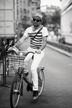 Stripes and a bike.