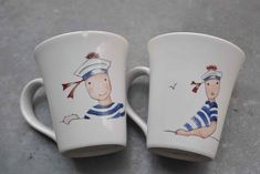 "Tasses - Motifs copiés sur les designs de la marque ""Rue du Port"" Mugs - Designs by ""Rue du Port"" China Painting, Ceramic Painting, Sharpie, Bone China, Folk Art, Decoupage, Tea Cups, Sculptures, Pottery"