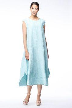 OSKA Dress Jazara:: Do clothes make the woman? Absolutely. And this OSKA dress will even make you happy #SS15 #linen #oskanewyork