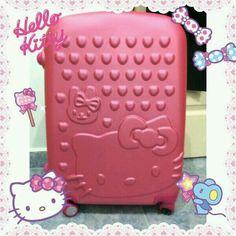 みなさん春の季節を楽しんでいますか?  こんなかわいいスーツケースで旅行すると、楽しさ倍増間違いなし♡   Are you enjoying beautiful spring ?  Traveling with this cute suitcase will definitely make your trip even more fun♡   Photo taken by chaochao88 on WhatIfCamera   Join WhatIfCamera now :)   For iOS:   https://itunes.apple.com/app/nakayoshimoshimokamera/id529446620?mt=8   For Android :   https://play.google.com/store/apps/details?id=jp.co.aitia.whatifcamera    Follow me on Twitter :)   https://twitter.com/WhatIfCamera    Follow me on…